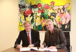 Signing memorandum on the cooperation between Agriterra and ForFarmers